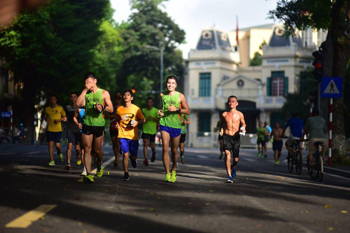 chọn giày chạy marathon (02)