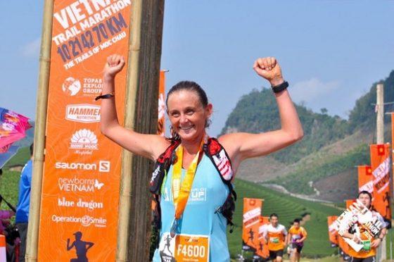 Vanja Cnops, vô địch 42km nữ. Ảnh: BTC
