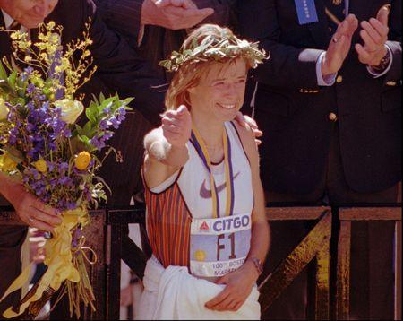 Uta Pippig, vô đich nữ, 1996 Boston Marathon