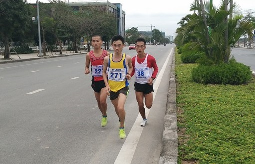 Đường chạy marathon giải VĐQG 2016. Ảnh: N.Đ
