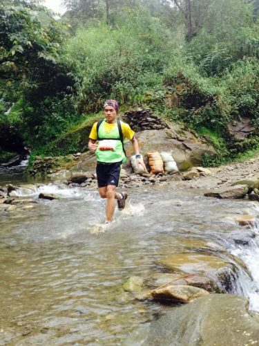 Người viết ở giải Vietnam Mountain Marathon 2014, cự ly 42km