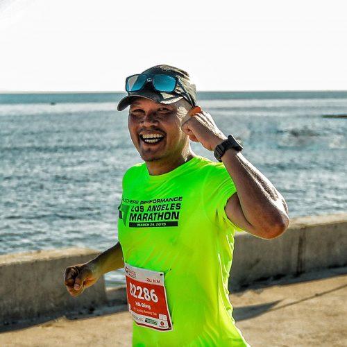 NAG Hải Đông trên đường chạy ở đảo Lý Sơn tại giải Vô địch quốc gia marathon và cự ly dài - Tiền Phong Marathon 2020. Ảnh: NVCC