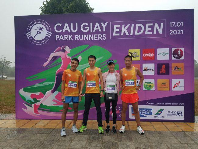 Đội vô địch Hoa Binh Park Runners