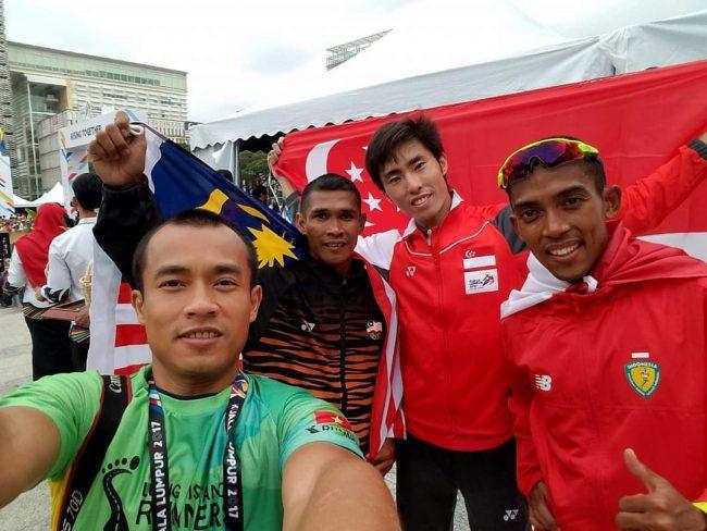Người viết và Soh Rui Yong (HCV marathon nam SEA Games 2017), Agus Prayogo (HCV marathon nam SEA Games 2019) tại Malaysia.