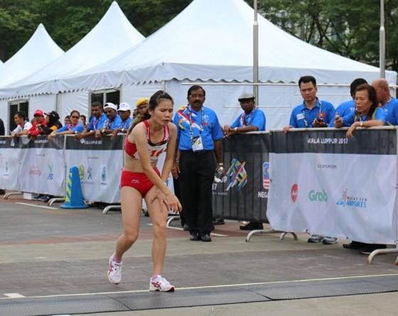 Lê Thị Thoa, đại diện Việt Nam, thi nội dung marathon tại SEA Games 2017 tại Malaysia. Ảnh: Nguyễn Đạt
